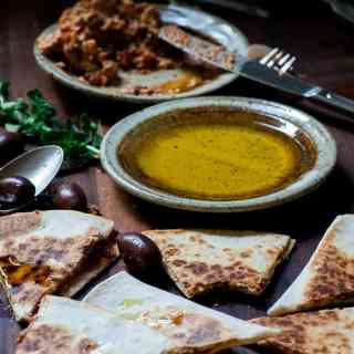 Feta Greek style quesadillas. This is the easiest and most tasty appetizer ever. Give it a try! | joeshealthymeals.com