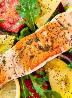 Pan-fried salmon with arugula salad. | joeshealthymeals.com