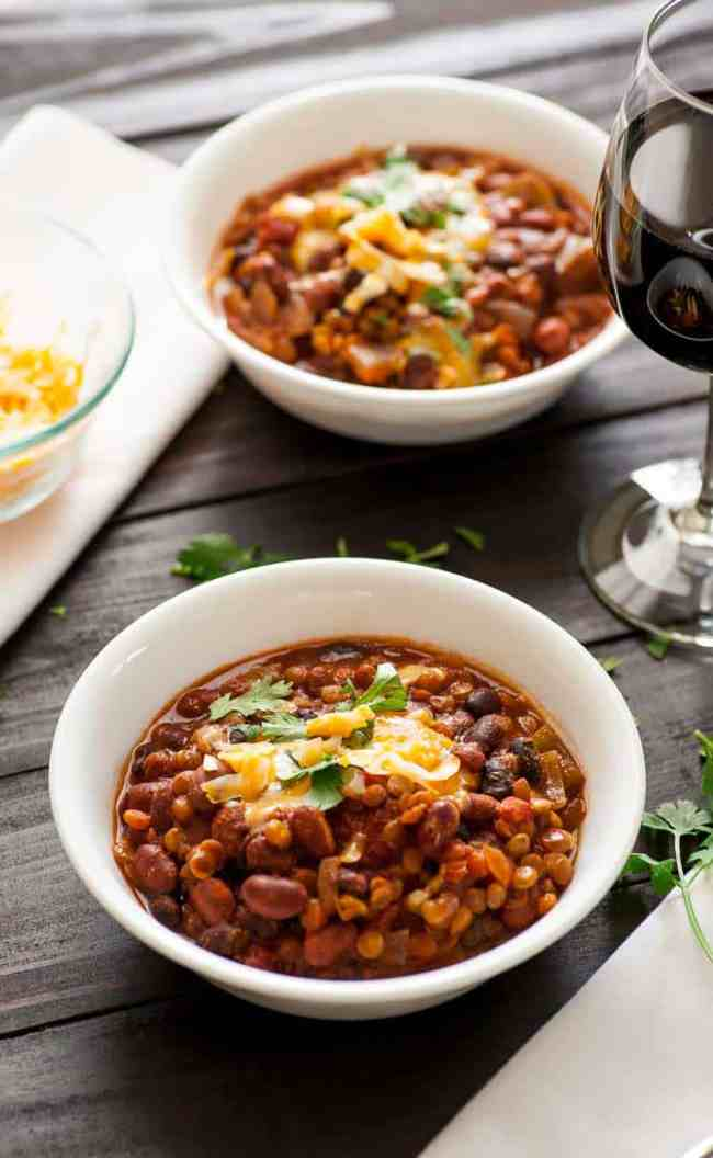 One pot lentil chili | joeshealthymeals.com