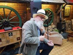 Charlie Markwick storytelling at Joe's Yarns