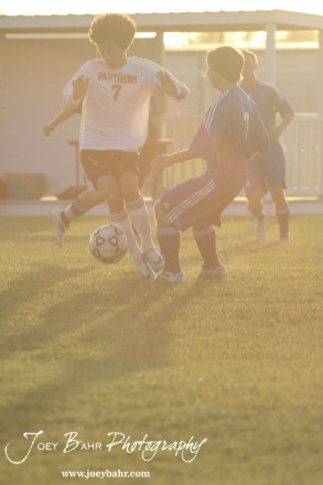 GB_vs_Andover_(Boys_Soccer)_10-25-11_0706