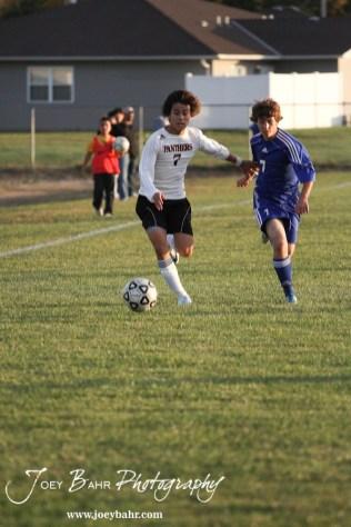GB_vs_Andover_(Boys_Soccer)_10-25-11_0772