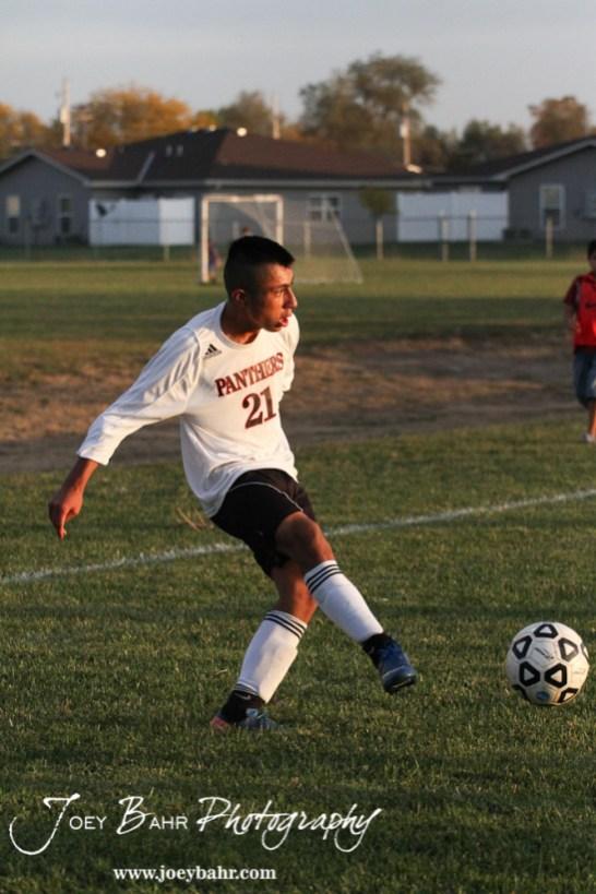 GB_vs_Andover_(Boys_Soccer)_10-25-11_0836