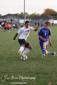 GB_vs_Andover_(Boys_Soccer)_10-25-11_0898