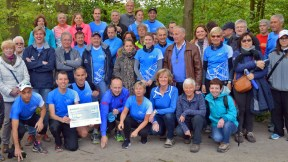 Bois de Hal 2017 (marcheurs) 01-05-2017 09-42-35