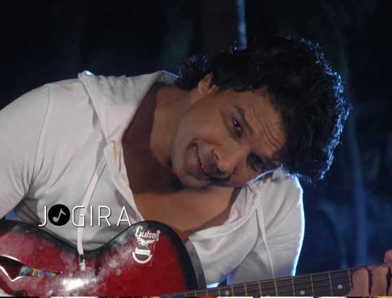 Bhojpuri star Viraj Bhatt