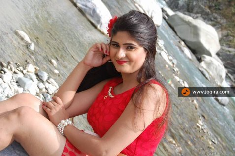 neha shree in red suite