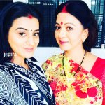 akshara singh with mother