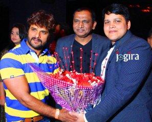 khesari lal yadav in madhuvendra rai birthday party