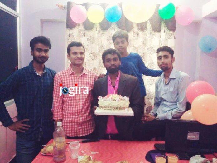 अंकित पीयूष ने अपना जन्मदिन अपने दोस्तों के साथ मनाया