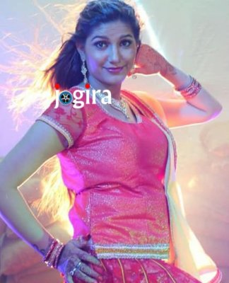 sapna choudhary shooting for item song-in bhojpuri film bairi kangana 2