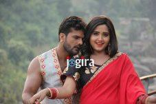 bhojpuri gana khesari lal yadav kajal raghwani film coolie no 1