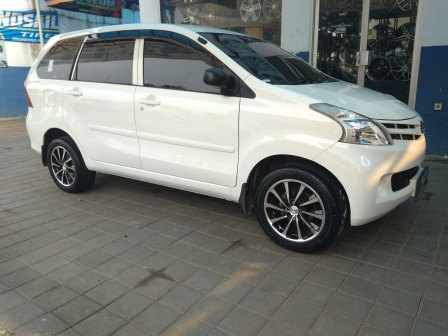 grand new avanza jogja suspensi daihatsu xenia rent car compass tours