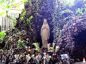 Gua Maria sendangsono