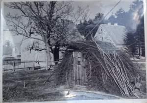 Selbstgebaute Hütte