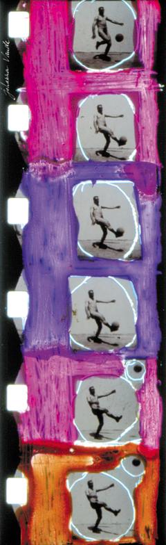 totalite-super-8-film-johanna-vaude-hand-painting_01