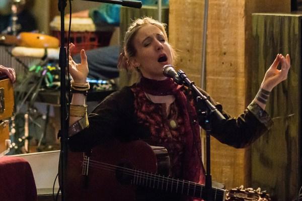 Johanna Kirtan