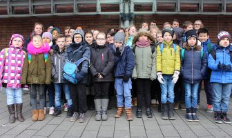 Kommunionkinder mit Messdienern 'on tour'