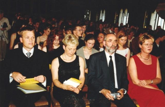 Feierstunde zur Zeugnisübergabe Abitur 2001.