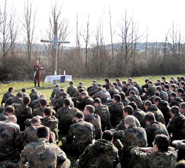 Feldgottesdienst auf dem Truppenübungsplatz Hammelburg, 2009