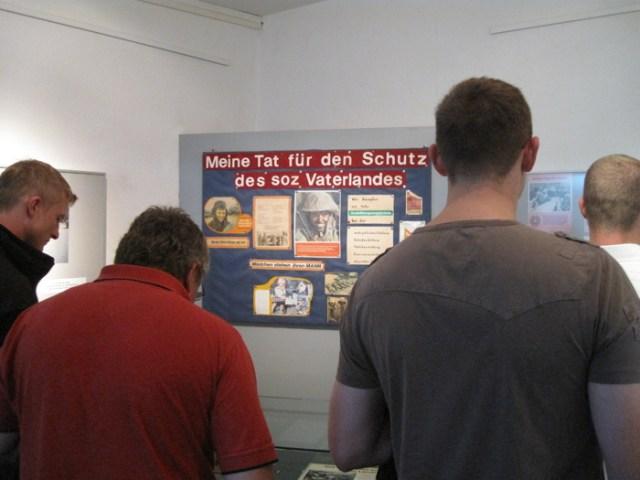 Soldaten im Grenzlandmuseum Teistungen.