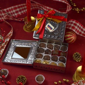 Tin Plate 16 Chocolates Box