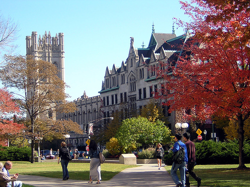university-chicago-spring-front
