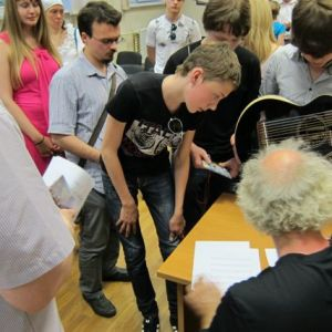 15.John Doan Harp Guitar Moscow Lecture after2