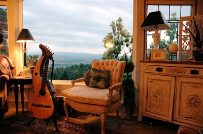 Harp Guitar Retreat Living Rm