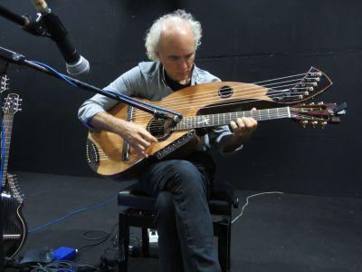 27. John Doan Rehearsing Yong Harp Guitar