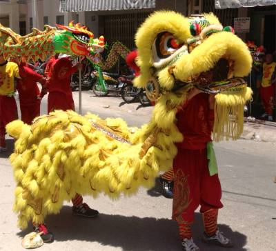 79. Phan Theit Parade Yellow Dragon