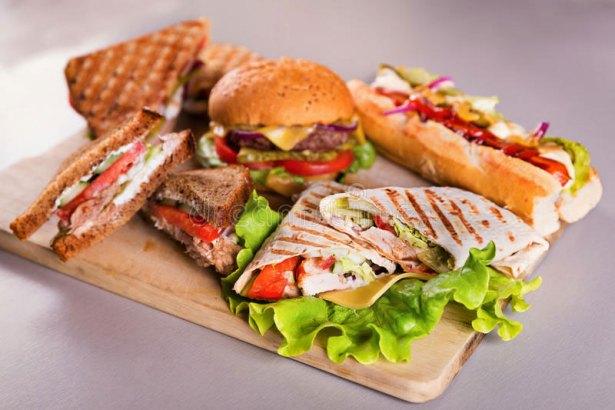 Sandwich vs Burger