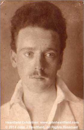 John Heartfield Photomonteur 1912