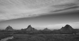 badlands 4 peaks w foreground