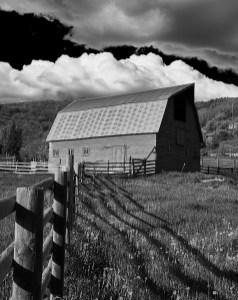 129 red barn b & w no 1