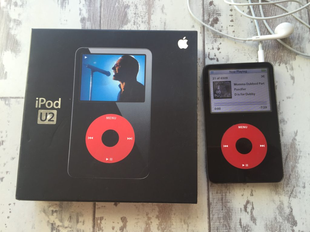 Front view of my 5th Generation iPod U2 edition & original packaging