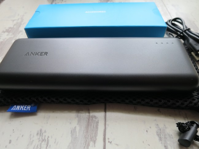 Anker Power Core 20100 & packaging