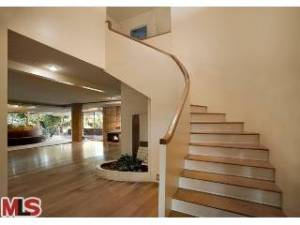 Interior, Baxter-Hodiak residence. Photo by MLS