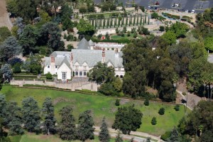 Greystone Mansion  Doheny Mansion Museum