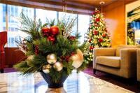 10 Holiday Decoration Ideas for Your Lobby   John Mini