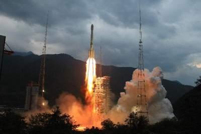 Chang'e-II lyfte som planerat på fredagseftermiddagen