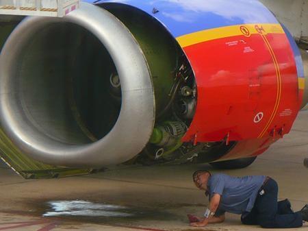 Southwest Airlines flight mechanic