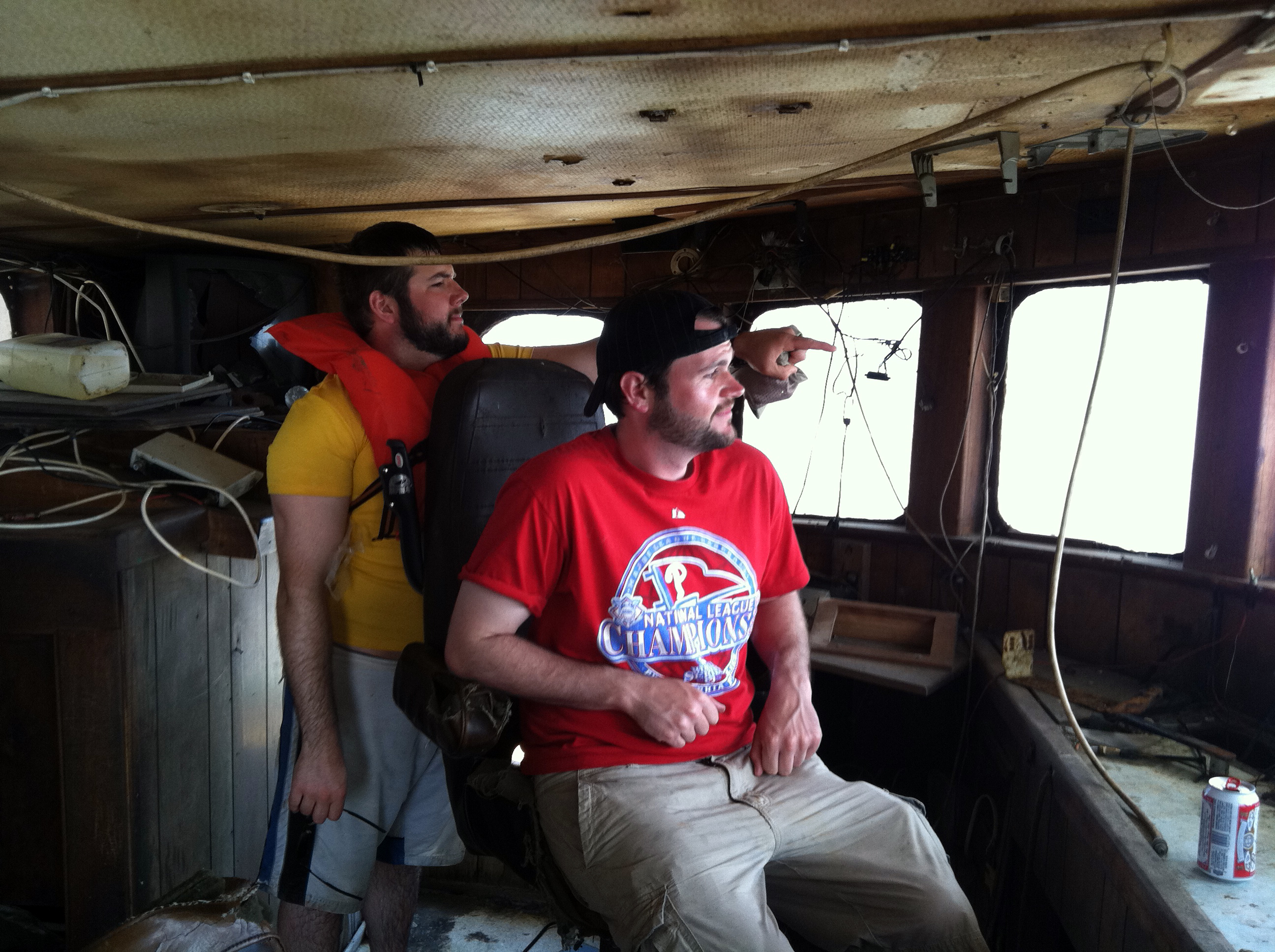 Exploring Abandoned Houses  Boat on Parramore Island in