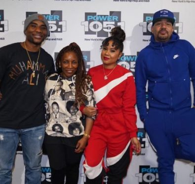 """Stephanie Mills Keeps It 100 on Cattiness w/Female Singers, Dating Michael Jackson """"He Was Not a Pedophile""""& More at 'The Breakfast Club'"""