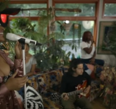 New Video: Jazmine Sullivan Unveils 'Lost One' Acoustic/Live Visual