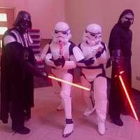 jojofun-star-wars-mascots-darth-vader-storm-trooper-london