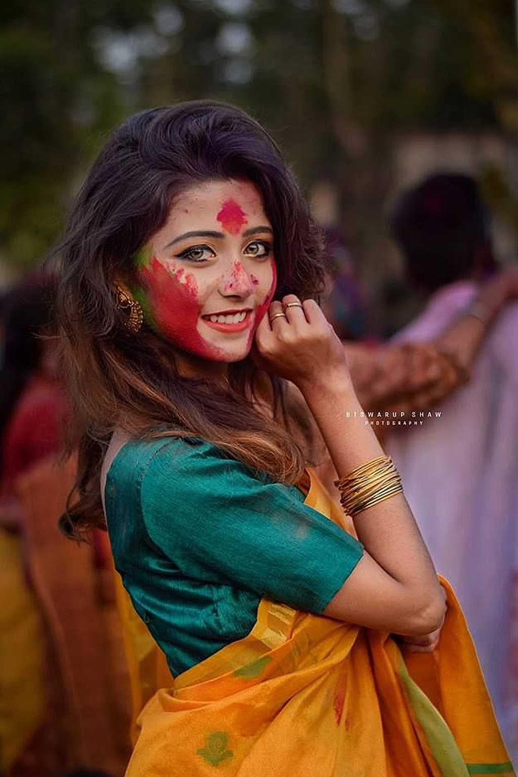 印度神秘少女「眼睛會勾人」 綠寶石雙眼爆紅全網:網友都忍不住分享 – 爆笑博客
