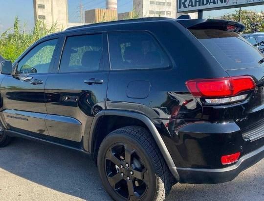 Jeep Grand Cherokee Laredo 2019