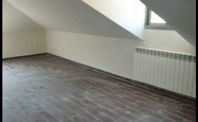 Duplex for sale in Brommena