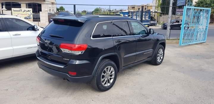 Jeep Grand Cherokee Laredo V6 2014